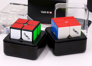 QiYi Valk2 M Magnetic Black